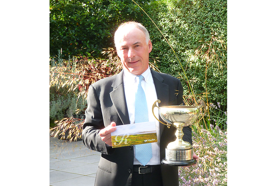 Dr.Jan Gilbert winner of  BDA Golf Cup